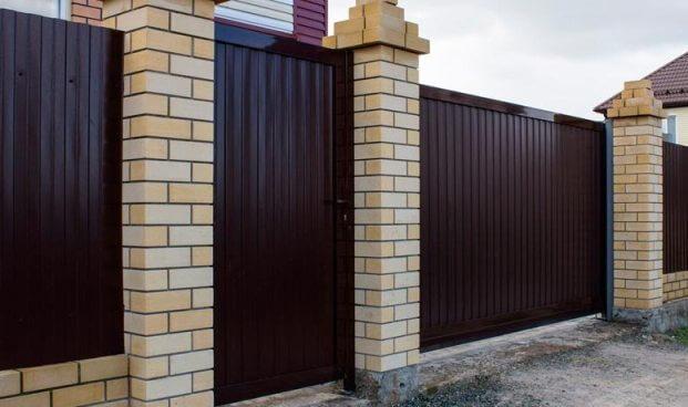 Отдельностоящая дверь (панели)